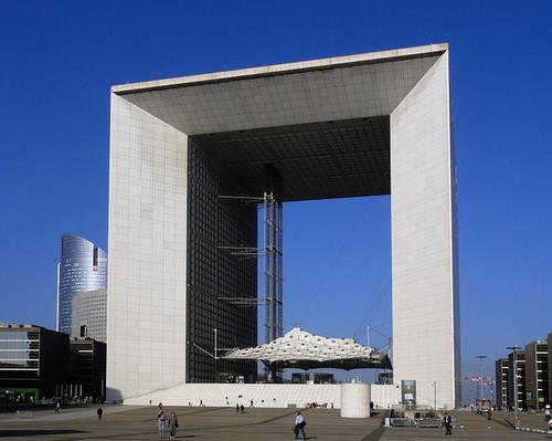 La_Grande_Arche_de_la_Défense.jpg