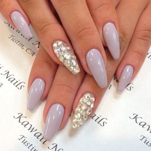 jewelry-lilac-luxury-manicure-Favim.com-2585191.jp