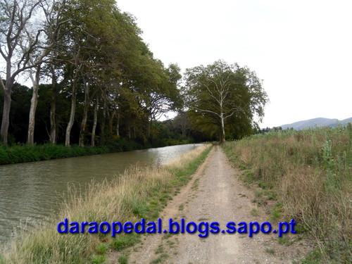 Canal_midi_dia_03_09.JPG