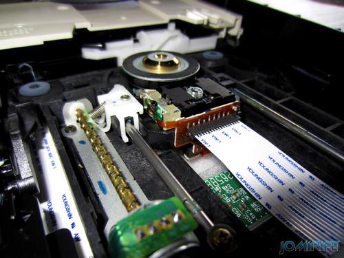 CD-ROM desmontado (2)