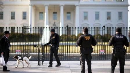 Secret-Service-agents-at-White-House-jpg.jpg