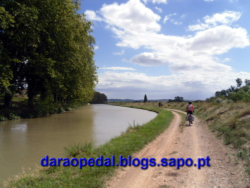 Canal_midi_dia_03_30.JPG