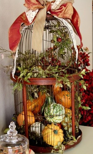 19-Enchanted-DIY-Autumn-Decorations-to-Fall-For-Th