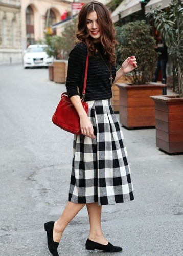 midi-skirt-street-style-2.jpg