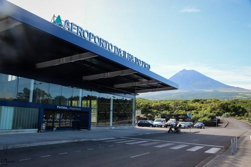 1-Pico-Airport.jpg