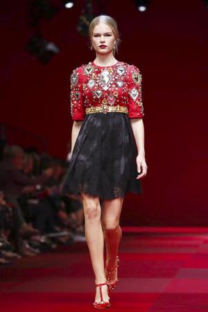 Dolce-Gabbana-Milan-RTW-SS15-7619-1411310045-thumb