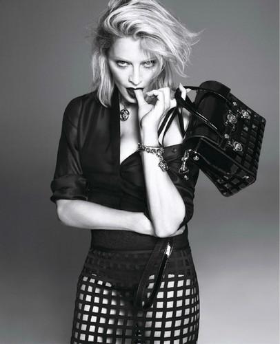 Versace-womanswear-SS15-Campaign_02.jpg