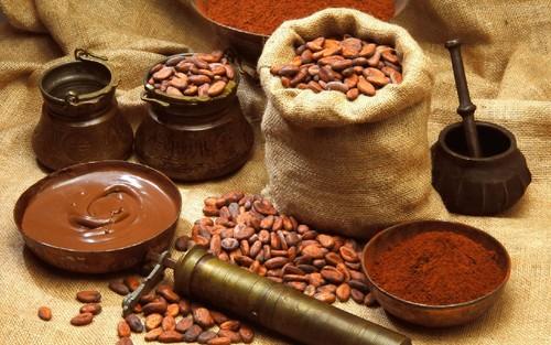 Producao-de-Chocolate-com-Cacau_1680x1050.jpg