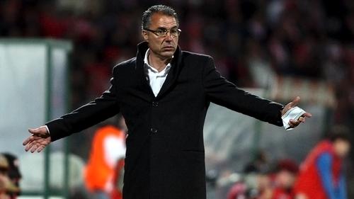 2013-01-31-futebol_treinador_augusto_inacio_lusa.j