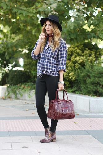 plaid-boyfriend-shirt-street-style-1_zpsdb80b8c2.j