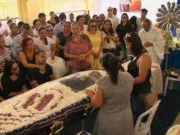 Enterro no sertão brasileiro.png