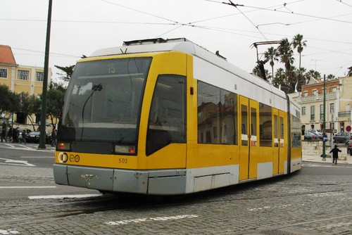 Tram_Lissabon_nei.jpg
