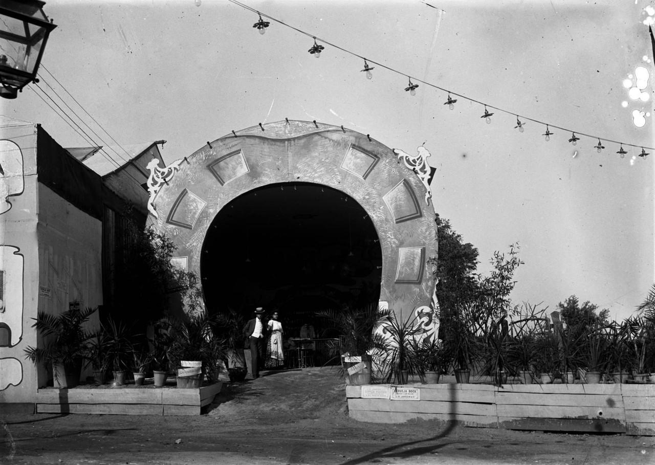 Parque Eduardo VII, pavilhão na Feira de Agosto,