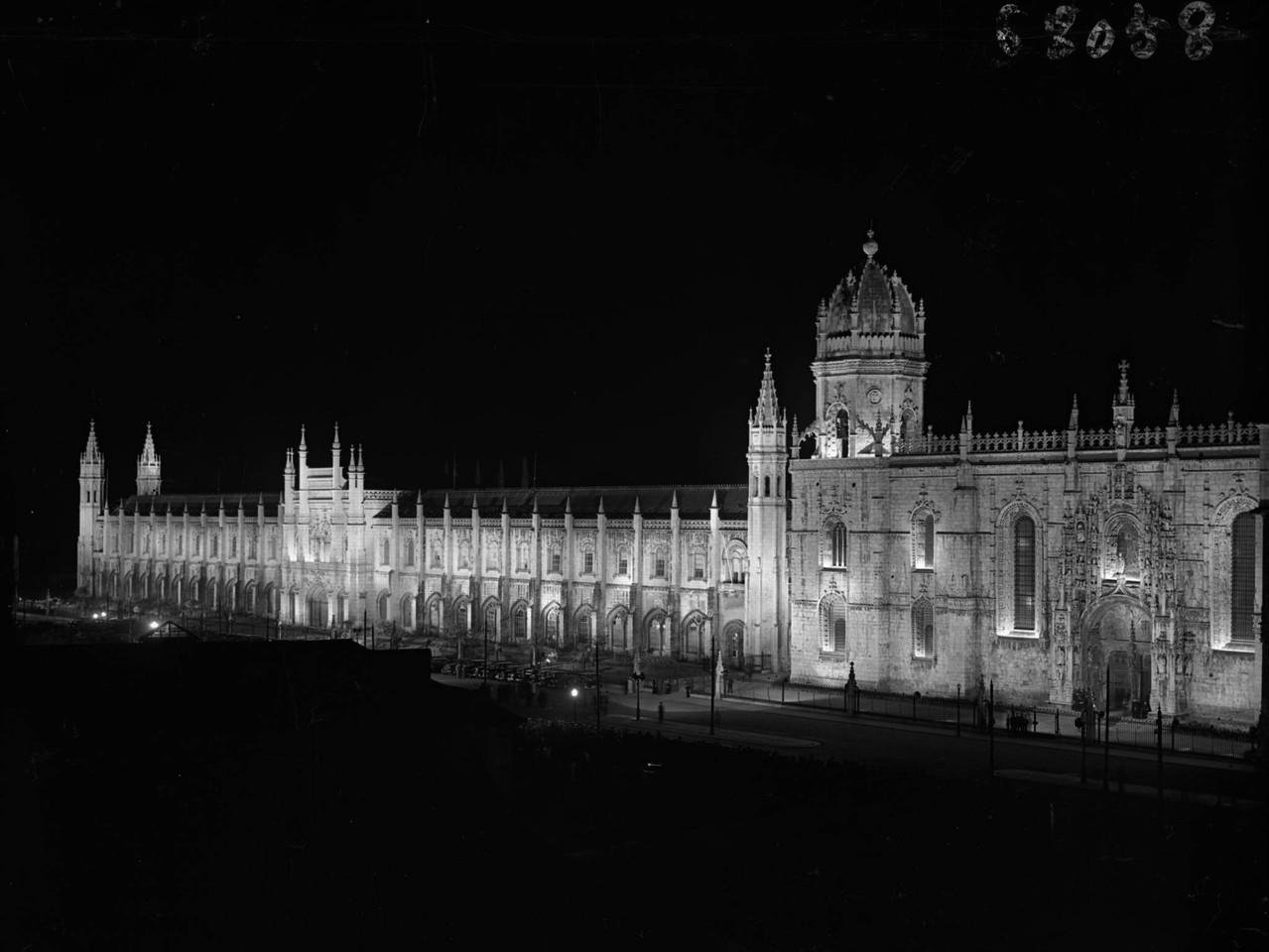 Mosteiro dos Jerónimos, fachada, foto de Ferreira
