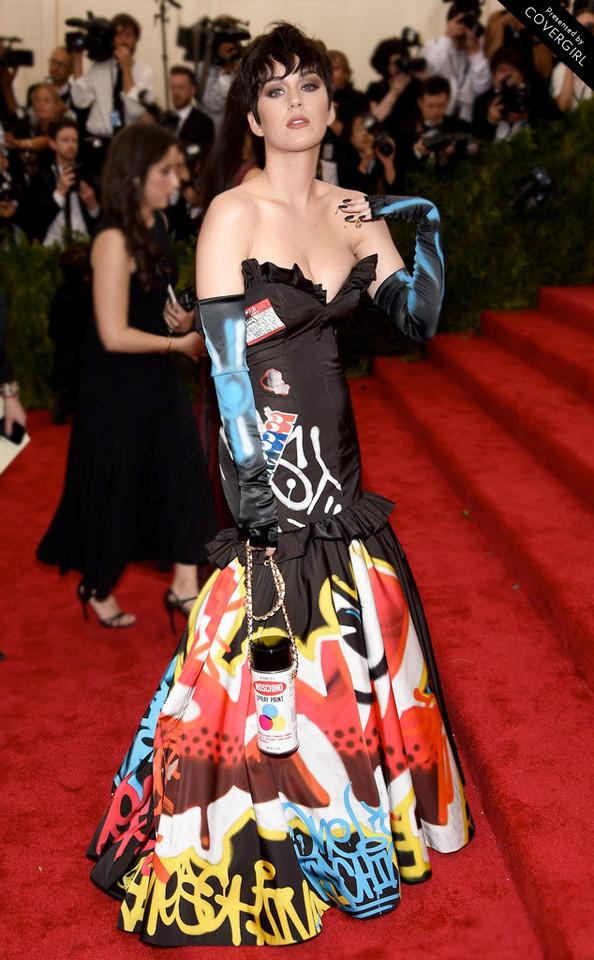 Katy perry MET 2015.jpg