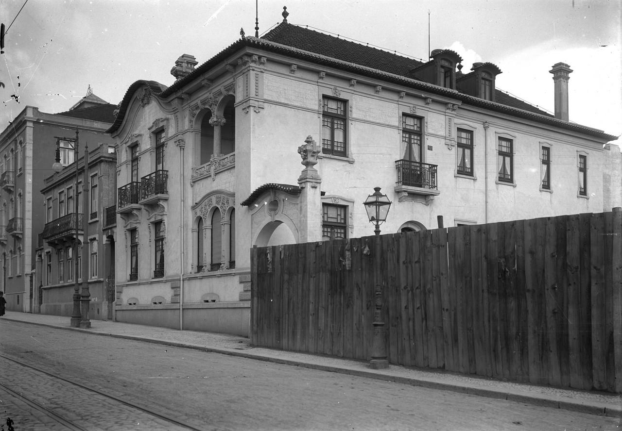 Prémio Valmor 1910, Av. Fontes Pereira de Melo (P. Guedes, 1910-14)