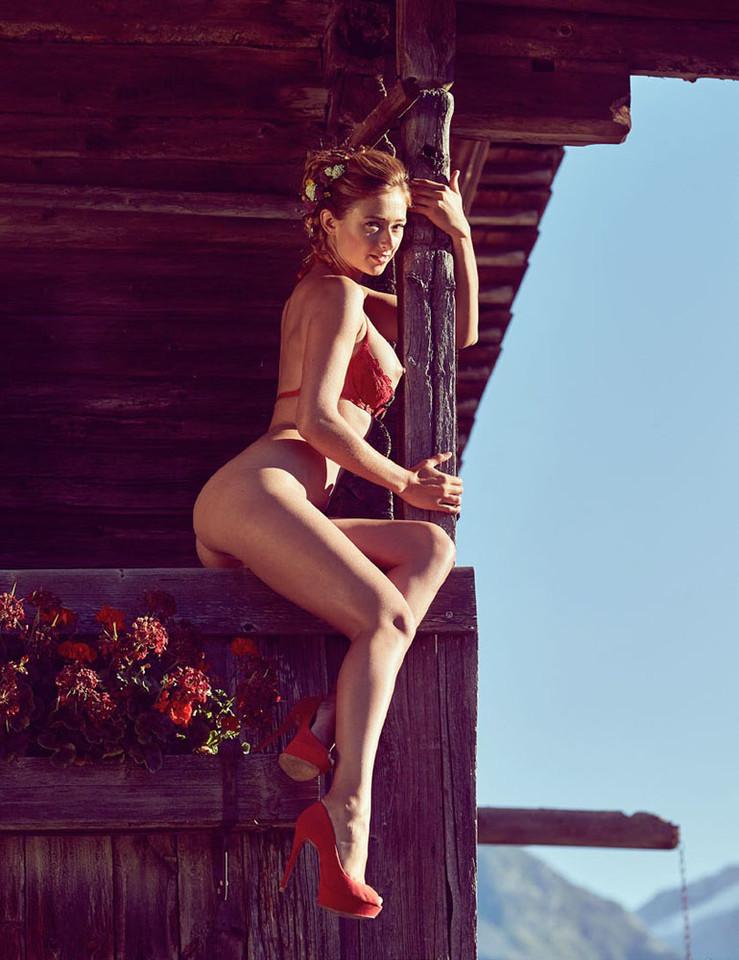 Jessica Kuhne.jpg
