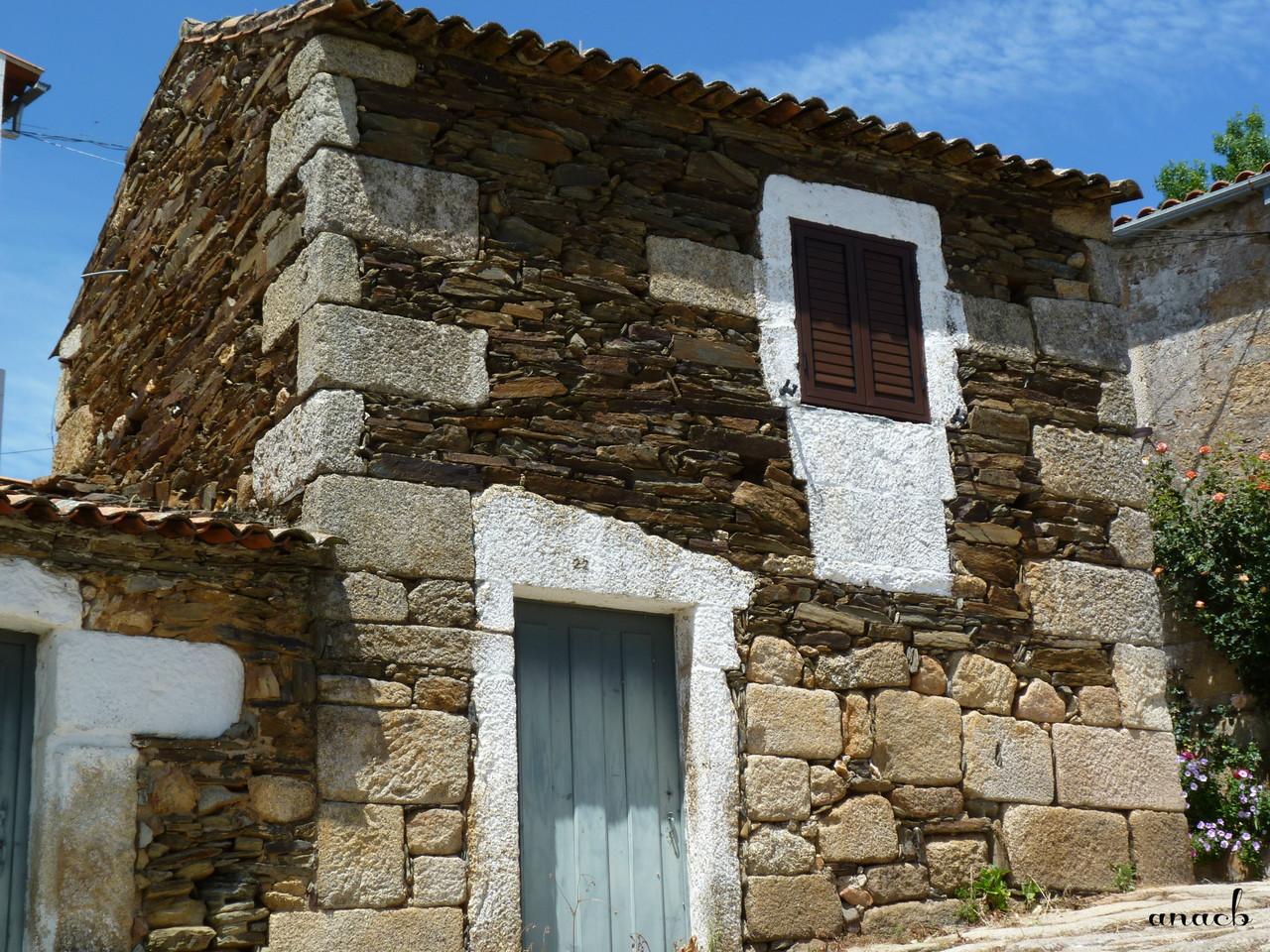 Idanha-a-Velha (127) casa.jpg