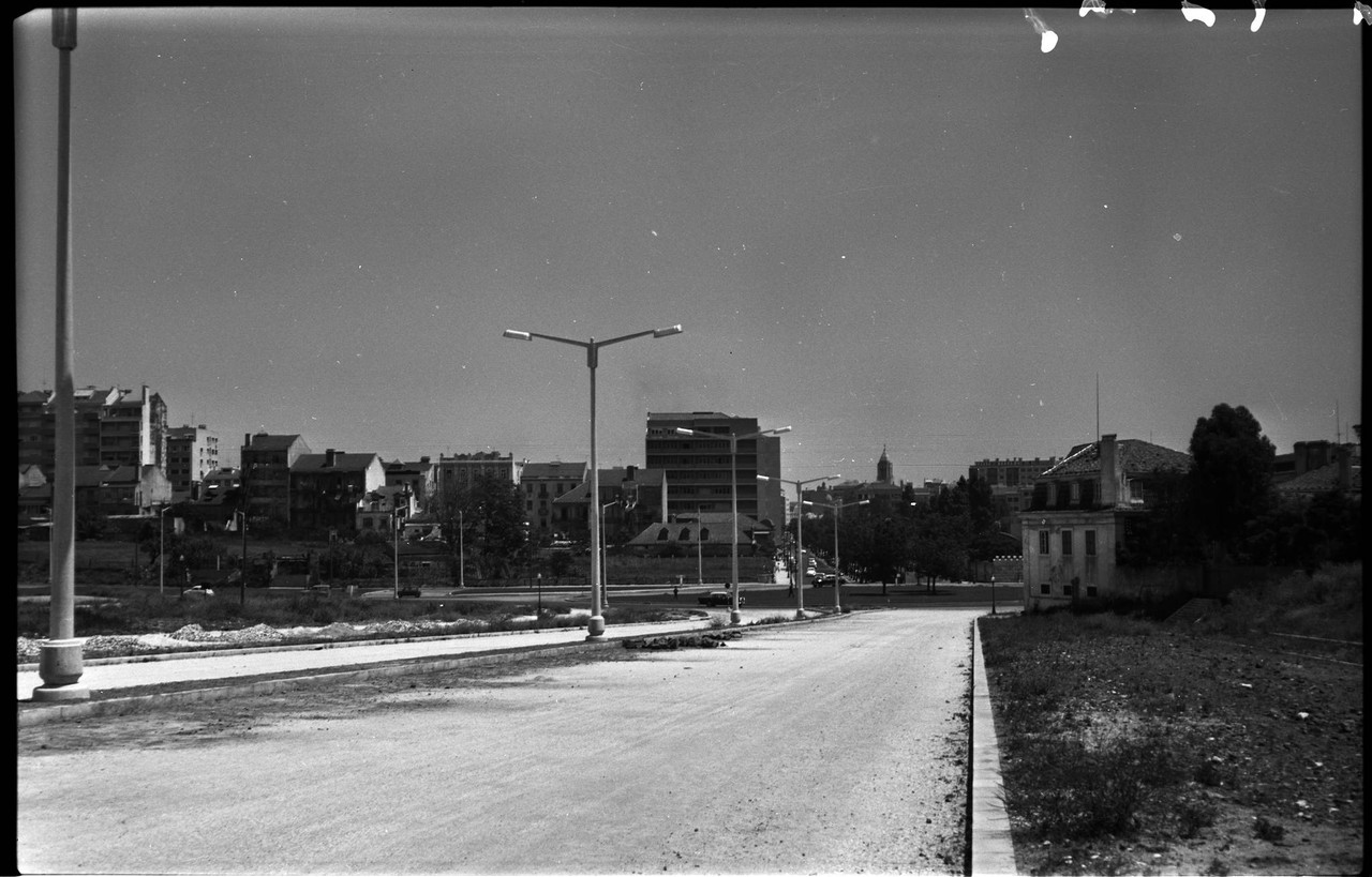 Avenida Calouste Gulbenkian em construção, 1967,
