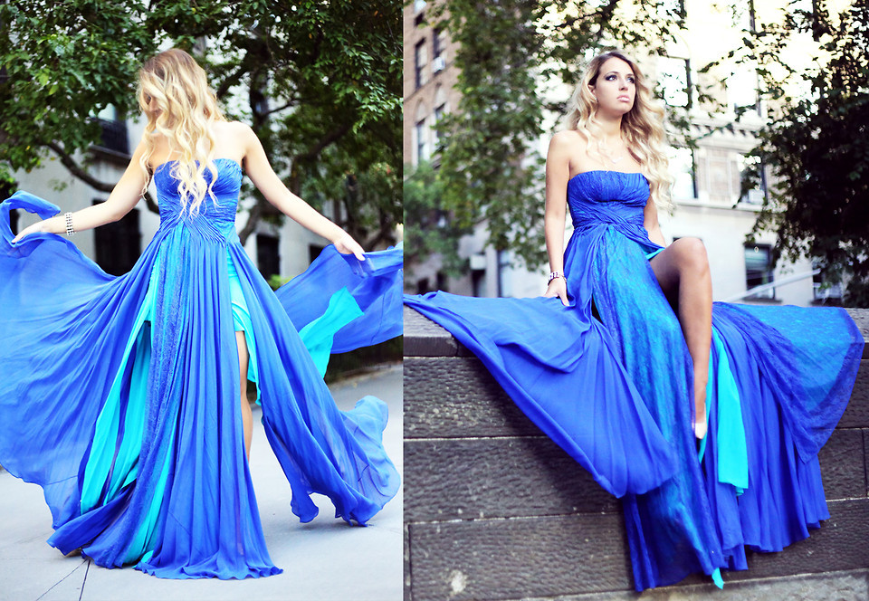 3323457_Bluedress.jpg