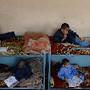 Crianças no orfanato Al-Nadwa em Jalalabad