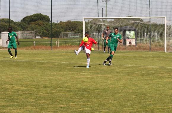 Cabo Verde 5-2 Sporting (juniores)