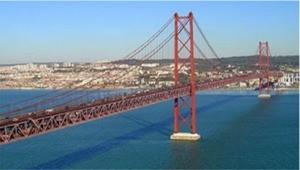 ponte 25 abril.jpg