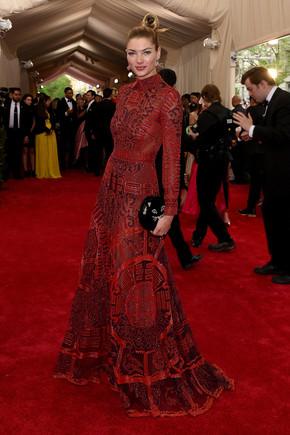 jessica-hart-met-gala-2015-best-dressed.jpg