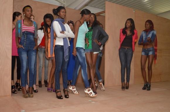 Ensaios gerais do Huíla Fashion 2012 (40)