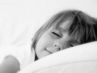 Sleeping_angel_by_barikade.jpg