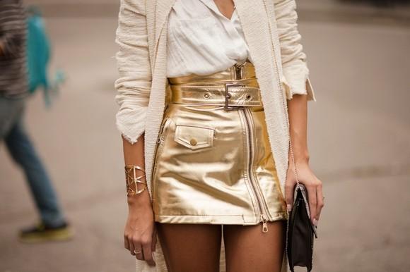 metallic-skirt-fashion-savoirville.jpg