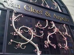Van Cleef porta.jpg