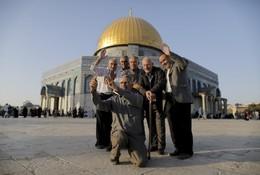 Palestinianos de Hebron tiram selfie, Jerusalém