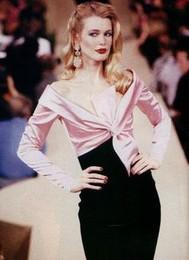 Y.S.l vestido preto com faia rosa.jpg