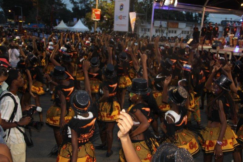 Carnaval-desfile das escolas
