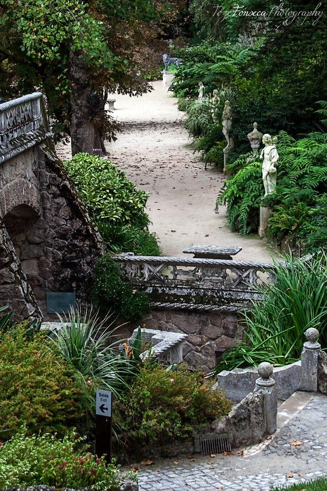 Portão Principal e Álea dos Deuses.jpg