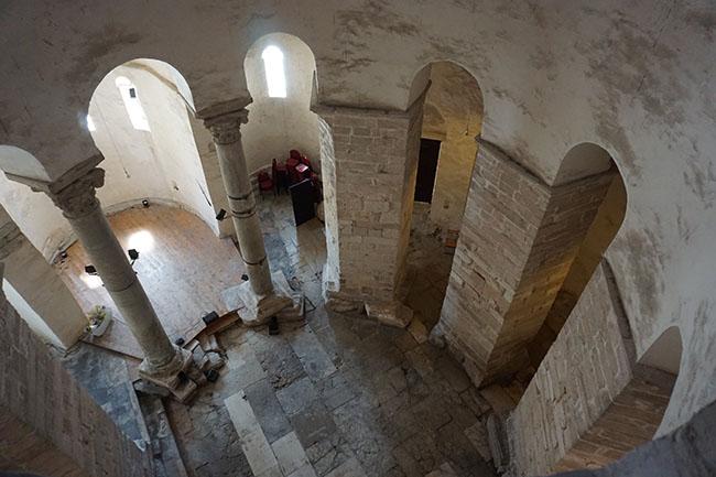 Byzantine St Donat's Church_inner_03_zadar