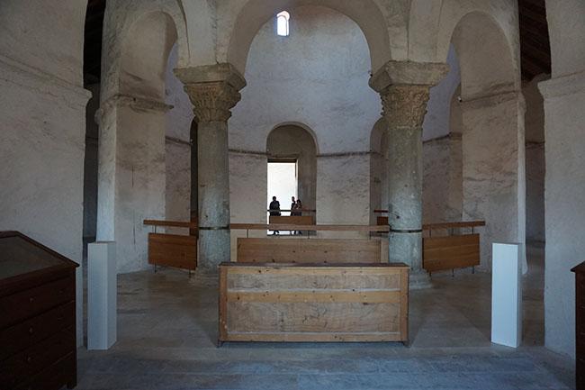Byzantine St Donat's Church_inner_02_zadar