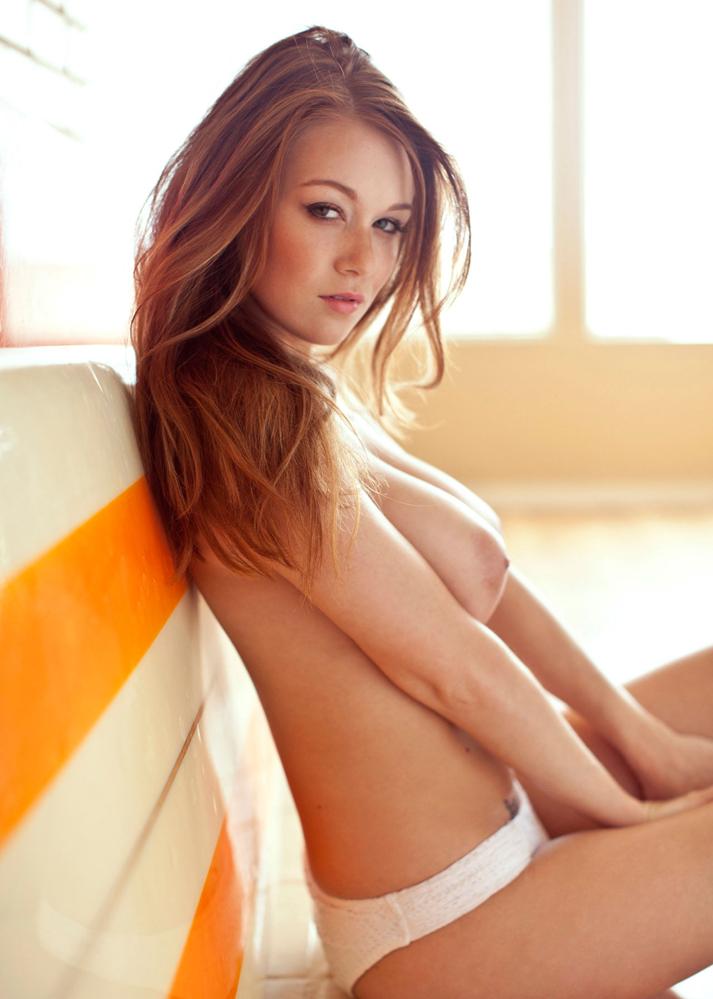 leanna-decker-nude-beachie-08.jpg