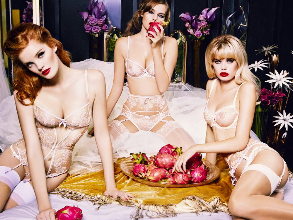 Solveig Mork Hansen, Alexina Graham and Frida Aase