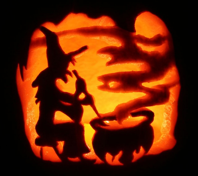 Halloween-Pumpkin-Carving-Inspiration-29-640x568.j